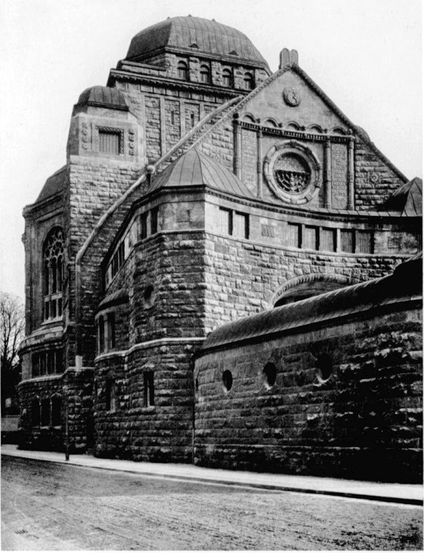Alte Synagoge Essen - Ansicht von der Alfredistraße aus.