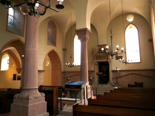 Das Innere der Synagoge Worms