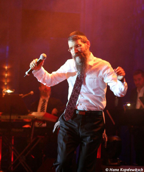 Avraham Fried in Aktion